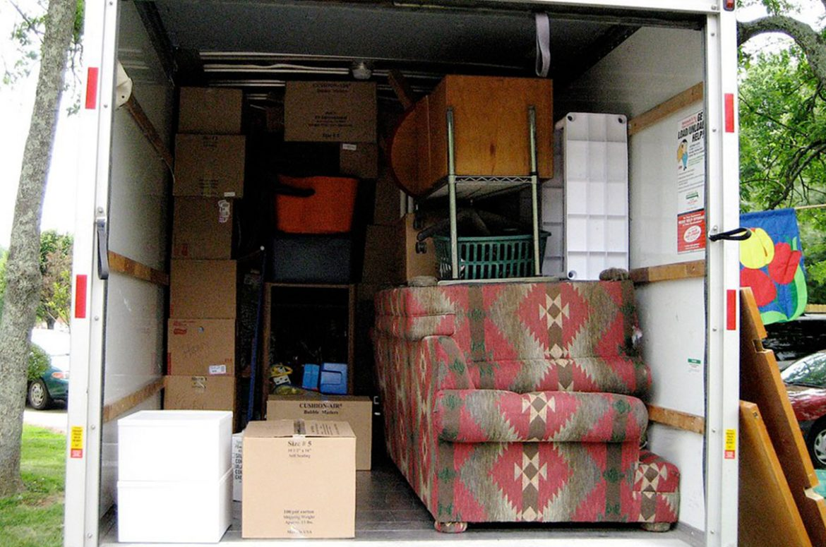 Moving FAQ: Can I hire movers to load a truck?